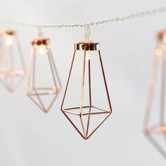 Share Unique, beautiful and bang on trend, these rose gold metal lantern lights will keep your décor in line with the latest interior design craze; this is the year of all things metallic, so grab yourself a set or two of these stunning indoor battery lights to make sure you don't miss out onRead more about Metal Lantern Fairy Lights[…]