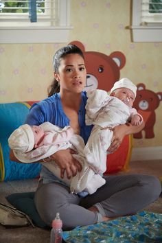 """Jane the Virgin """"Chapter Thirty-Eight"""" S2EP16"""