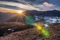 Reposting @peppnapp: Un luogo incredibile! Voglio ritornarci 🖤  #sunsetsky #sunsets #sunset #sunset_pics #montain #ig_italia #igersitalia #ig_nature #clouds #cloudporn  #sunday #landscape #landscapephotography #picoftheday #photooftheday #photography #instagood #instago #colors #landscapes #flare #photographer