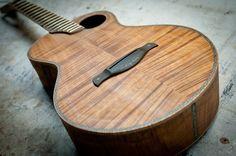 Devine Ukulele: baritone ukulele bridge inlay   (Someday, when I'm a grown-up, I will have a Devine uke...)