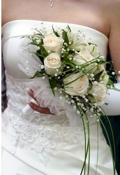 Свадебные букеты в Харькове. Букет невесты на любой вкус из самых свежих цветов. Эксклюзивные свадебные букеты | FlowerShop