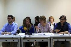 """50 asociaciones se unen para que España rechace los vientres de alquiler. """"No somos incubadoras"""", claman los colectivos que piden la prohibición de una feria sobre gestación subrogada prevista en mayo en Madrid. Pilar Álvarez   El País, 2017-04-17 http://politica.elpais.com/politica/2017/04/17/actualidad/1492429458_766419.html"""