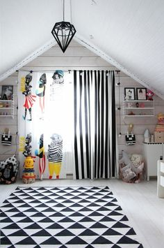 Children's curtains with funny patterns enliven the nursery - Wallpaper Ideas Girl Curtains, Nursery Curtains, Childrens Curtains, Marimekko Fabric, Nursery Wallpaper, Wallpaper Ideas, Printed Curtains, Cool Rooms, Kid Spaces