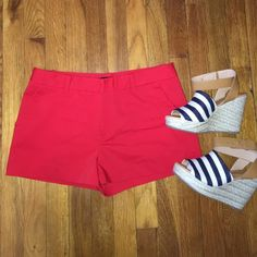 Forever 21 Red Shorts Size large, in good condition Forever 21 Shorts