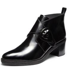 Notre top des chaussures à talons qui ne font pas mal aux pieds : bottines What For