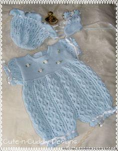 Trendy Ideas For Knitting Baby Set Crochet Dresses Crochet Baby Pants, Knit Baby Dress, Baby Cardigan, Hand Crochet, Knitted Baby Romper, Knit Baby Sweaters, Knitted Baby Clothes, Baby Doll Clothes, Baby Knits