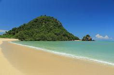 Pantai Kuta Lombok Pantai Mengagumkan di Nusa Tenggara Barat - Nusa Tenggara Barat