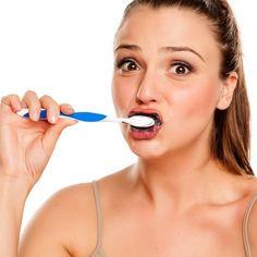 Bleaching – Zahnpasta für weiße Zähne Bleach, Kit, Blog, Hydrogen Peroxide, Activated Charcoal, Tooth Enamel, Tooth Caries, Remedies, Health