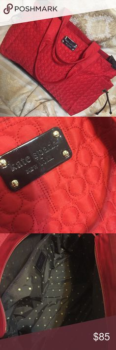Only 👉 $55 using offer button :holiday sale 💯% authentic Kate spade large bag , with 18cara gold plated hardwares , very beautiful , large enough for a short trip 😃 kate spade  Bags