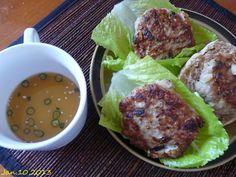 chicken sausage lettuce wraps     這道菜出自紐約布魯克林區Talde restaurant    主廚Dale Talde之手    http://www.wretch.cc/blog/homestay350/10955775