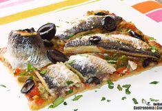 Tarta de pimientos confitados y sardinas