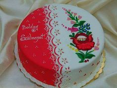 Cake decorated with traditional Hungarian folk pattern from Kalocsa. Pretty Cakes, Beautiful Cakes, Happy Brithday, Happy Birthday Cake Images, Hand Painted Cakes, Cake Toppings, Cookie Desserts, Cake Art, Cake Cookies