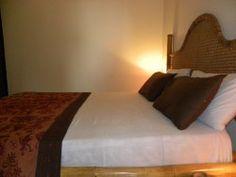 El'Orr Castle Budget Bedroom