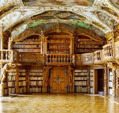 Hi Elizabeth! I wanted to send this to you but idk how to do it on my laptop since it changed so.this is how imma do it.and I thought this might be good in your future house lol Waldsassen Abbey Library in Bavaria, Germany Beautiful Library, Dream Library, Library Books, Grand Library, Library Ideas, Home Libraries, Beautiful Architecture, Architecture Old, Book Nooks