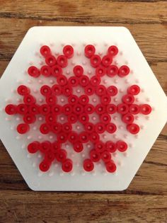 Hama beads snowflake template (Make it in any color you want) by het pretpakket