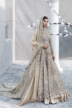 33 Pakistani Bridal Lehenga Designs to Try in Wedding - LooksGud. Asian Bridal Dresses, Pakistani Bridal Dresses, Pakistani Wedding Dresses, Indian Wedding Outfits, Pakistani Outfits, Bridal Outfits, Indian Dresses, Indian Outfits, Bridal Lehenga