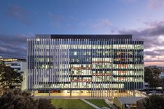 UNSW Australia MSE Building < Projects | Grimshaw Architects