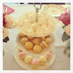 Meringues, Yoyos  Cupcakes for the High Tea Party #melbournemamma