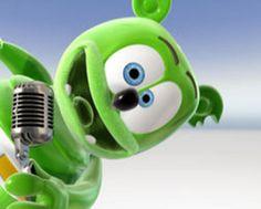 Itt Van A Gumimaci is the long Hungarian version of I Am A Gummy Bear (The Gummy Bear Song) by Gummibär aka Osito Gominola, Ursinho Gummy, Gumimaci, Funny Be. Ursinho Gummy Bear, Gummy Bear Song, Bear Songs, The Lumineers, Funny Bears, Old School Music, Song Artists, Brain Breaks, 21 Things
