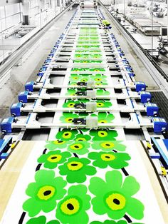 Marimekko Fabrics being made.    All screenprinters should appreciate this !