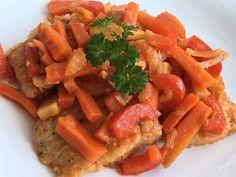 Ryba po grecku to smaczne i proste do przygotowania danie obiadowe. Ryba z warzywami jest zdrowym i chętnie jedzonym daniem nawet przez dzi... Carrots, Vegetables, Food, Carrot, Veggies, Vegetable Recipes, Meals, Yemek, Eten