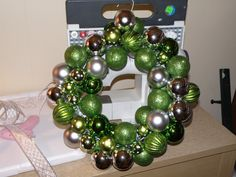 How to make a bauble wreath. Beautiful Ornament Wreath - Step 3