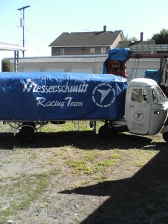 Bus Engine, Vespa Ape, Airplane Car, Vintage Vespa, Piaggio Vespa, Panel Truck, Car Tools, Cute Cars, Racing Team