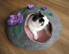 Grey bed with poppies – cat bed, cat house, cat cave felted, pet bed, grey house, wool cat house, bed with flowers by GDFactoryPL on Etsy