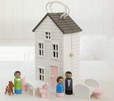 Isn't this dollhouse cute?! What we like best about it is that you can take it anywhere easily...