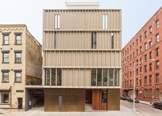 Alloy completes skinny townhouses in Brooklyn's most expensive neighbourhood.
