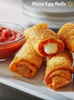 Pepperoni Egg Rolls make a great appetizer and are so easy to prepare. Just chop up some pepperoni, roll with cheese in an egg roll wrapper & fry until golden brown. Serve with pizza sauce for a fun football treat! Finger Food Appetizers, Finger Foods, Appetizer Recipes, Snack Recipes, Cooking Recipes, Snacks, Appetizer Ideas, Potluck Recipes, Pizza Recipes