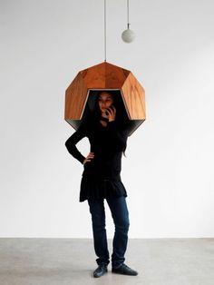 Se coiffer d'une élégante cabine téléphonique : tendance Pentaphone, Robert Stadler