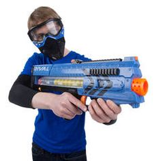 Nerf Rival Zeus (Blue) : Target Going to be a fun Christmas. Nerf gun for older kids. Thank goodness for face masks. Closest he's getting to paintball for a few more years. And santa is bringing one for the biggest kid too. Nerf Mod, Big Nerf Guns, Lego Boat, Gadgets, Red Team, Battle Royal, Applique Embroidery Designs, War Machine, Big Kids