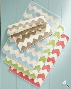 chevron bath rugs/ garnet hill.