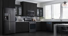 These Samsung black stainless steel appliances look beautiful in my dream kitchen! Get inspired for your kitchen renovation with this customizable design tool.