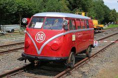 """Naast de Klv 20 -5010 van de """"Eisenbahnfreunde Grenzland"""" was er ook een 2de volkswagen op bezoek. Deze klv 20-5011 is eigendom van Mathias Bootz en werd op een voorbeeldige wijze gerestaureed in 2009-2010"""