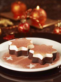 Prueba estas gelatinas de chocolate y crema, son ideales para un postre ligero después de una deliciosa cena Navideña. ¡Pruébalas!