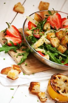 Behyflora... la vie en rose: {Gesund & Lecker} Erdbeer-Spargelsalat mit Rucola - Salad with strawberries and asparagus
