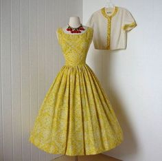 I wouldn't get yellow, yellow doesn't look good on me, but I like the style.summer time JERRY GILDEN golden yellow full skirt pin-up sun dress with bolero jacket l xl Vintage 1950s Dresses, Vintage Wear, Looks Vintage, Retro Dress, Vintage Outfits, Vintage Clothing, Vintage Style, Vintage Party, Retro Style