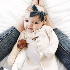 Pair our organic footed coverall with your fave headband for the perfect look! We include a hat for those chillier days! ⬆⬆Link in bio to shop!⬆⬆ #shopsugarbabies #newborn #organic #babyclothes #babyclothing #babyboutique #babiesofig #cutebabyclothes #expecting #babybump