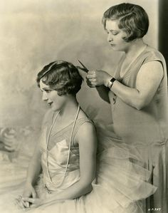 Mary with bobbed hair, 1929 - Photo by Edwin Bower Hesser