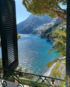 What about a Sunday morning in Positano? Beautiful Places To Travel, Beautiful World, Travel Aesthetic, Sky Aesthetic, Flower Aesthetic, Belle Photo, Dream Vacations, Places To See, Travel Inspiration