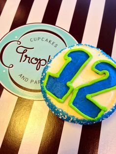 Seattle Seahawks 12th Man Cupcakes & Where to Find Them! #12thMan #Seahawks  Photo: Trophy Cupcakes