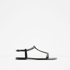 FLAT SANDALS WITH CHAIN DETAIL