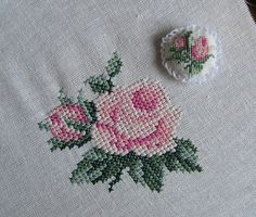 This Pin was discovered by Gül Tiny Cross Stitch, Cross Stitch Heart, Cross Stitch Borders, Cross Stitch Flowers, Cross Stitch Designs, Cross Stitching, Cross Stitch Patterns, Ribbon Embroidery, Cross Stitch Embroidery