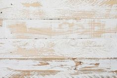 How to apply a whitewash finish to your wood projects. #diy #whitewashhowto #woodprojects