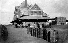 Railway stations in Edmonton Alberta / Grand Trunk and Canadian Northern Railways