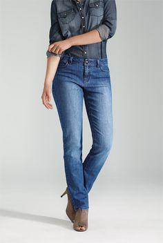 Straight Leg Jean from Reitmans Blue Jeans, Jeans Bleu, Denim Jeans, Skinny Jeans, Mon Jeans, Canadian Tuxedo, Jeans Store, Denim Outfit, Color Azul