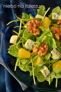 niebo na talerzu: Sałatka z rukoli z serem pleśniowym