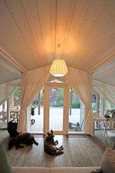 die besten 25 moderne h tten ideen auf pinterest modernes ferienhaus moderner kabine dekor. Black Bedroom Furniture Sets. Home Design Ideas